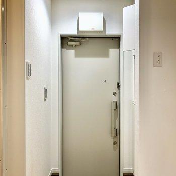 玄関はやや段差が大きめです。