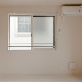 【LDK】休みの日はお家でゴロゴロ過ごしたいな。※写真は2階の同間取り別部屋のものです