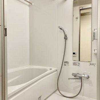浴室は広くて十分な広さ。