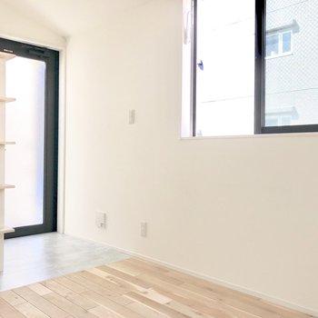 お気に入りの玄関マットを敷きたいな