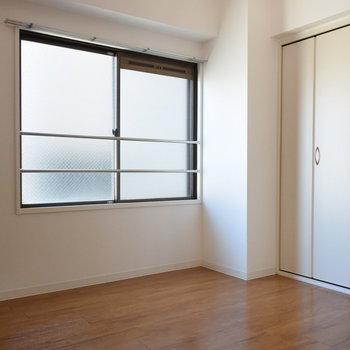 洋室にも窓がついているのがうれしい