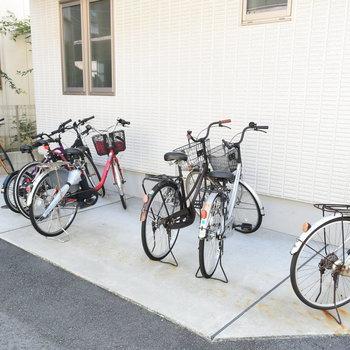自転車置き場もあります