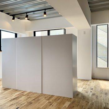 【LDK】さて、この白い箱の正体は・・・