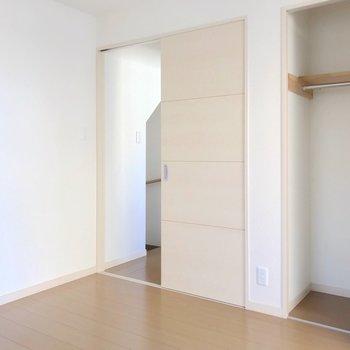 【2F】3階にあがるにはここを通って。