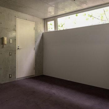 【2F】扉を開けると、サニタリーがあります。※写真は前回募集時のものです