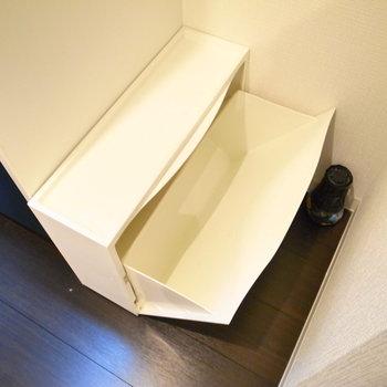 シューズボックスは2足分入るものが用意されています。