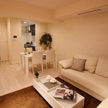 白で統一された家具の数々