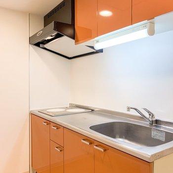 【LDK】キッチンはちょっぴり奥まったところに。