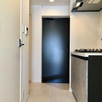 さてキッチンを見てみましょう。※写真は11階の同間取り別部屋のものです