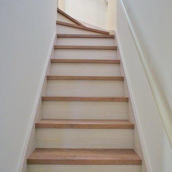 階段を上がってお部屋へ。。。。※写真は同タイプの別部屋