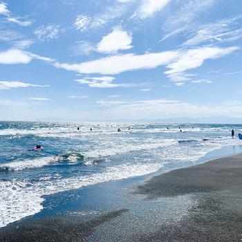 鵠沼海岸です。晴れの海って、すっごく気持ちがいい。