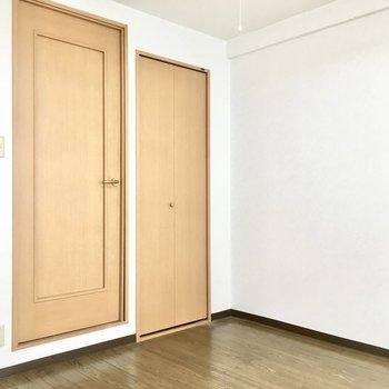 家具もナチュラル系でまとめてもいいかな。※写真は3階同間取り・別部屋のものです