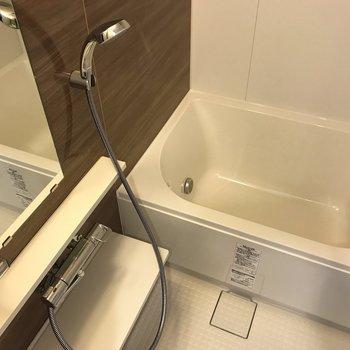 浴室乾燥機付きのお部屋。