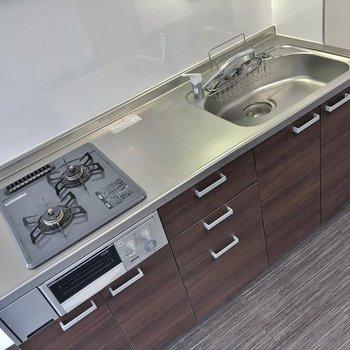 使いやすそうなキッチンですね。