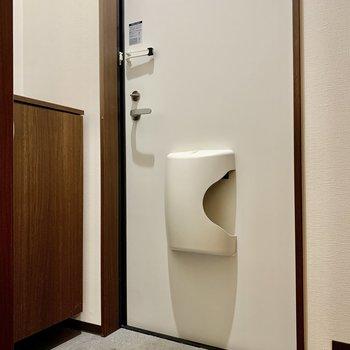 玄関は段差が小さめです。