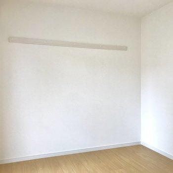 こっちにはソファベッドを置こうかな※写真は2階の同間取り別部屋のものです