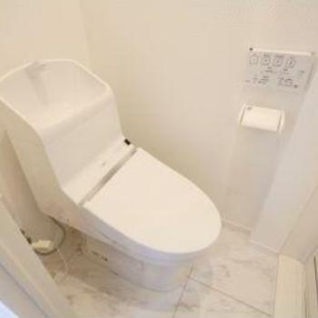 ホワイトでキレイなお手洗い◎
