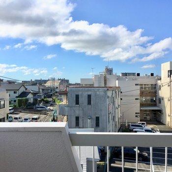 4階なので青空も綺麗に見えますね。
