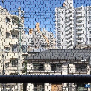 【北側】眺望は住宅街、静かな街です