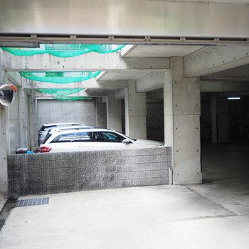 駐車場も敷地内にあります