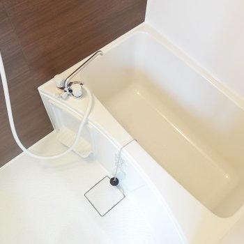 お風呂も清潔感がありますよ