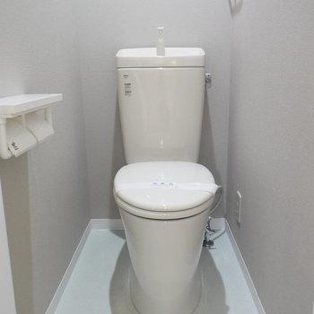 トイレはウォシュレット付きではありませんが、清潔感ありますよ
