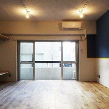 約15帖の空間※写真は3階の同間取り別部屋のものです