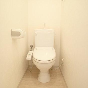 トイレ広いですよ。