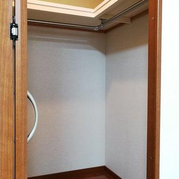 めちゃくちゃ広くはないけれどL字でなかなか入りそうですよ※写真は7階の同間取り別部屋のものです