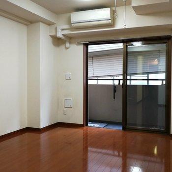 お部屋の形は正方形に近い感じです※写真は7階の同間取り別部屋のものです