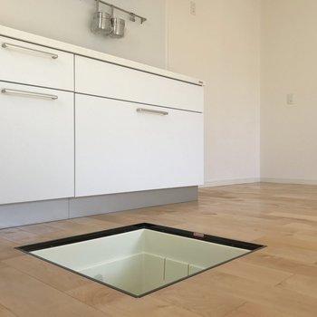 【1階】床下収納には非常食やぬか床を。