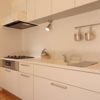 【1階リビング】大きなキッチンは必須ですね