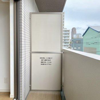 バルコニーも十分な広さがありますね。※写真は4階の同間取り別部屋のものです