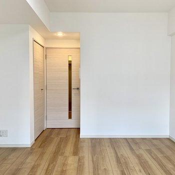 木目調があたたかな雰囲気※写真は4階の同間取り別部屋のものです