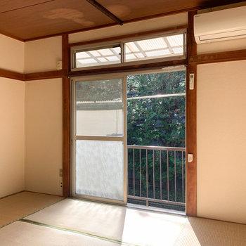 【和室6帖】緑も見えますね。
