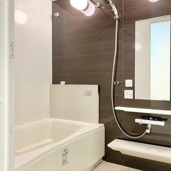 浴室乾燥機もしっかり付いています