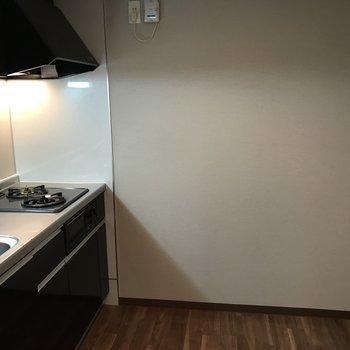 広めのキッチンスペース