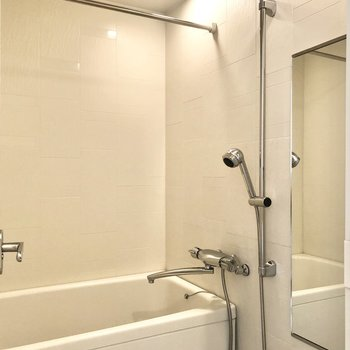浴室には乾燥機が付いていますよ。