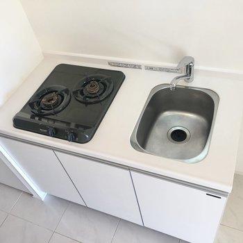 洗い物をするときはシンクボードを取ればOK。