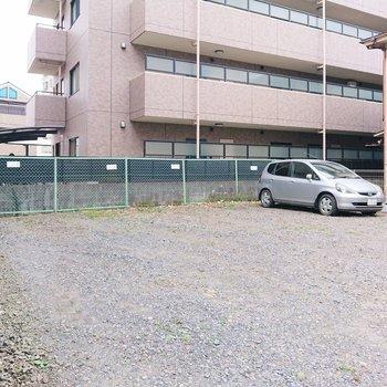 駐車場付きです。