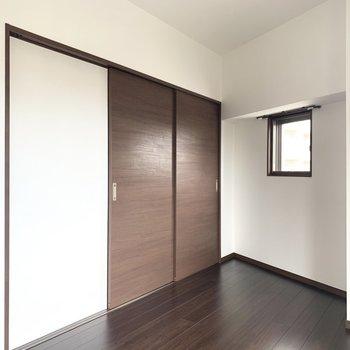 戸で仕切っても○ 寝室として使うかな(※写真は3階の同間取り別部屋のものです)