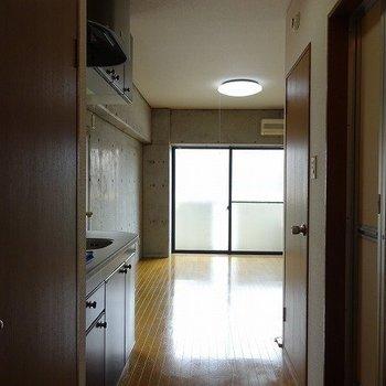 ワンルームタイプのお部屋です(※写真は3階の同間取り別部屋のものです)