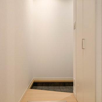 一旦廊下のようなスペースです。