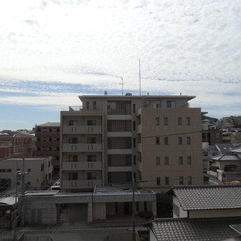 高い建物がないから空が広くて心地いい!