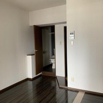 【工事前】お手洗いの前に玄関ホールを造ります! ガラス入りのドアでかわいらしくなりますよ
