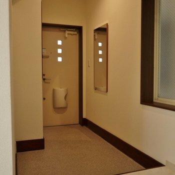 玄関この広さ!※写真は前回募集時のもの。