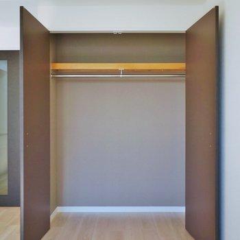 収納は大きめで整理整頓も◎。※写真は同タイプの別室。