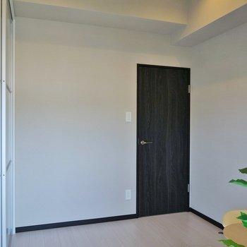 洋室は、少し小さめ。※写真は前回募集時のもの