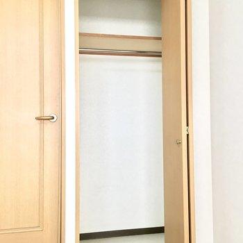 収納はちょうど一人分ですね。※写真は3階同間取り・別部屋のものです