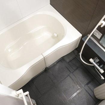 お風呂も広くて使いやすそう(※写真は3階の同間取り別部屋、モデルルームのものです)